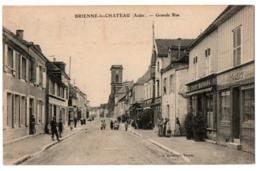 CPA 10 - BRIENNE-LE-CHATEAU (Aube) - Grande Rue (animée) - Ed. S. Brunclair - France