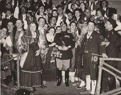 Ventennio Fascista - Roma 1938 Il Ministro Starace, Segr.del Partito, Con I Partecipanti Alla Festa In Onore Del Fuhrer - Guerra 1939-45