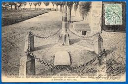 """CPA 50 AVRANCHES Manche """"Sur Cette Pierre, à La Porte De La Cathédrale, Henri II Roi D'Angleterre..."""" Becket - Geschiedenis"""