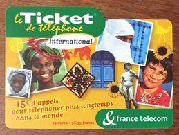 TICKET TÉLÉPHONE INTERNATIONAL 15 EURO EXP LE 30/04/04 PRÉPAYÉE PREPAID CARTE TÉLÉPHONIQUE - Frankreich