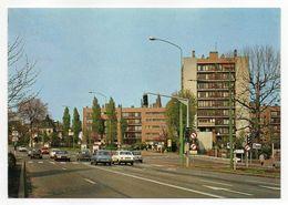 MOUVAUX --1986-- L'Olympe ( Immeubles) --voitures Dont -Peugeot 504, Simca 1100........à Saisir - Other Municipalities