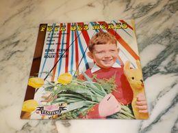 45 TOURS    FETE DES MERES RENÉ VERNES 1960 - Vinyl Records