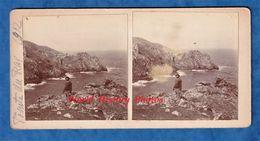 2 Photos Anciennes Stéréo - Pointe Du RAZ - Juin 1912 - Enfer De Plogoff - Bretagne Patrimoine Rocher Océan - Places