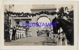 135008 PARAGUAY REVOLUCION DE 1919 COSTUMES SOLDIER PARADE POSTAL POSTCARD - Paraguay