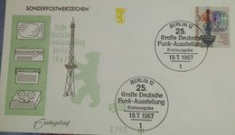 Radio, Broadcasting, Rundfunk, Televsion, Telecommunication, Bear, Germany - Télécom