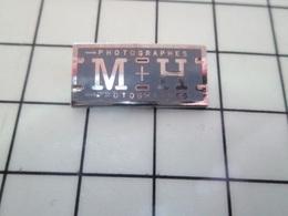 1214e Pin's Pins / Beau Et Rare / THEME : PHOTOGRAPHIE / PHOTOGRAPHE M+H - Fotografía