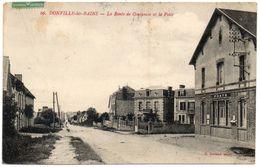 50  DONVILLE Les BAINS        La Route De Coutances Et La Poste - France