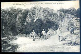 Cpa Du 22  St Gilles Du Vieux Marché - L' Entrée Des Gorges De Poulancre   AVR20-151 - Gouarec