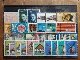 GERMANIA DDR Anni '60/'80 - 28 Valori Differenti Nuovi ** In Serie × 0,05 Cad. + Spese Postali - Nuovi