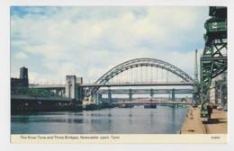 AJ49 The River Tyne And Three Bridges, Newcastle-upon-Tyne - Newcastle-upon-Tyne