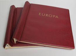 2 ältere Rote KABE Klemmbinder Mit Aufdruck Europa, Gebraucht - Classificatori