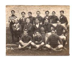 Agen. Equipe De Rugby. Photo Palissy. CPA Découpée. Année ,. - Agen