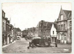 Guemene Sur Scorff (56 - Morbihan)  La Place Bisson  - CPM - Guemene Sur Scorff