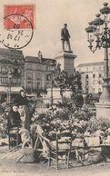 LE MANS. - Place De La République - Un Coin Du Marché Aux Fleurs - Le Mans