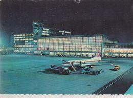 C. P. - PHOTO - AEROPORT BRUXELLES NATIONAL - LUCHTHAVEN BRUSSEL NATIONAL - L'AEROGARE  LA NUIT - 128 - J.C.- SWISSAIR - Aeroporto Bruxelles