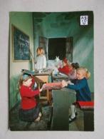 CP ENFANTS MAITRE D' ECOLE TABLEAU PUNITION - Enfants