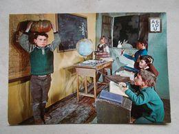CP ENFANTS MAITRE D' ECOLE TABLEAU PUNITION - Kinder