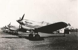 PHOTO AVION         GROUPE DE CURTISS P-40F GC 117 LA FAYETTE FIN 1942 DEBUT 1943    RETIRAGE REPRINT - Aviación