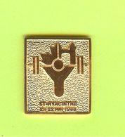 Pin's St. Hyacinthe Haltérophilie 1988 - 4AA29 - Haltérophilie