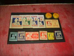 Tintin  Pochette D'ancien Points - Figurines En Plastique