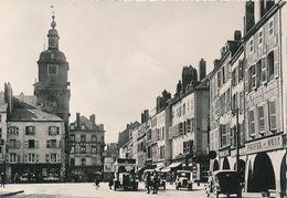 CPM GF  ( Vers 1960)- 31863 - 57 - Thionville - Place Du Marché -Belle Animation-Envoi Gratuit - Thionville
