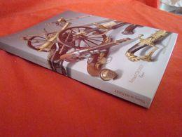 Catalogue De Ventes D'armes Anciennes Et Souvenirs Militaires - Catalogues