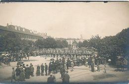 CPA-29831-57 -Metz -Carte Photo Parade Vers 1910 Devant Monument  à Identifier -Envoi Gratuit - Metz
