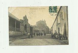32 - MIRANDE - Rue De L'école Animée Halle Bon état - Mirande