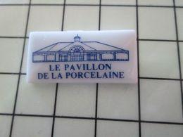 115B Pin's Pins / Beau Et Rare / THEME : AUTRES / Céramique Ou Porcelaine Limoges INTERDIT AUX ELEPHANTS LE PAVILLON DE - Pin's