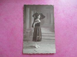 CPA PHOTO 68 MULHOUSE JEUNE FEMME ALSACIENNE COSTUME 1926 - Mulhouse