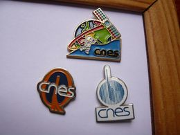 3 Pin S CNES Different - Espace