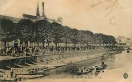 80 - Amiens - Le Marché Sur L'eau - Animée - Oblitération Ronde De 1915 - CPA - Voir Scans Recto-Verso - Amiens