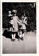 Photo Originale Scolaire, Schuleinführung Ou Zuckertütenfest, Schultüte, Ecoliers De Lübeck En 1953 Gundula & Wolfgang - Personnes Anonymes