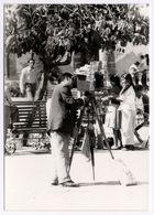 PHOTO ANCIENNE Autoportrait Photographe Ambulant Photographié Caméra Appareil Photographique Chambre Pérou - Anonymous Persons