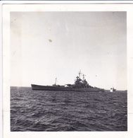 PHOTO DE PRESSE ORIGINALE WW2 LE CUIRASSE CLASSE 1940 JEAN BART A LA MER - Krieg, Militär