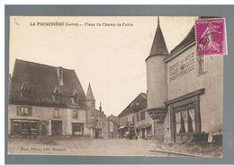 JM23.05 / CPA /  FRANCE /  LA PACAUDIERE - PLACE DU CHAMP DE FOIRE - La Pacaudiere