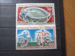 VEND BEAUX TIMBRE DE POSTE AERIENNE DU CAMEROUN N° 88 + 89 , X !!! - Cameroon (1960-...)