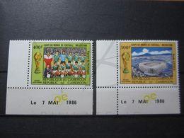 VEND BEAUX TIMBRE DE POSTE AERIENNE DU CAMEROUN N° 350 + 351 + BDF + CD , XX !!! - Cameroon (1960-...)