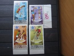 VEND BEAUX TIMBRES DE POSTE AERIENNE DU CAMEROUN N° 323 - 326 + BDF , XX !!! - Cameroon (1960-...)