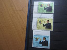 VEND BEAUX TIMBRES DE POSTE AERIENNE DU CAMEROUN N° 332 - 334 + BDF , XX !!! - Cameroon (1960-...)