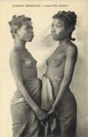 AFRIQUE ORIENTALE  Jeunes Filles Masikoro Seins Nus RV - Afrique Du Sud, Est, Ouest