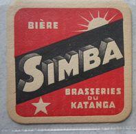 Carton De Bière Sous Verre Bière SIMBA Bier Brasseries Du KATANGA Brasserie Brouwerij Brouwer CONGO Kongo - Vieux Papiers