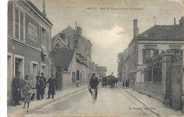 CPA Dreux Rue Du Commandant Beaurepère - Dreux