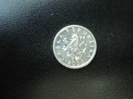 RÉPUBLIQUE TCHÈQUE : 10 HALERU   2000 (m)   KM 6     SUP - Tchéquie