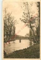02.  VIS SUR AISNE .  Les Bords De L'Aisne . - Vic Sur Aisne