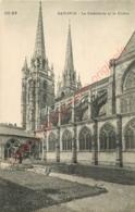 64.  BAYONNE . La Cathédrale Et Le Cloitre . - Bayonne