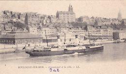62. BOULOGNE SUR MER. CPA  . L'AVANT PORT ET LA VILLE - Boulogne Sur Mer