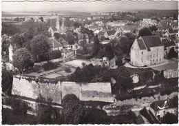 F0391 CRÉPY EN VALOIS - VUE GÉNÉRALE AÉRIENNE SUR LE CHÂTEAU ET LES REMPARTS - Crepy En Valois