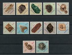 Portugal Angola 1970 MINERALS, MINÉRAUX Complete Set MNH, FVF - Angola