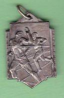 MEDALLA ARGENTINA AÑO 1947, F.M.A.. CARRERA ATLETISMO COURSE ATHLETISME RICE ATHLETICS SPORT MEDAL MEDAILLE -LILHU - Professionnels / De Société